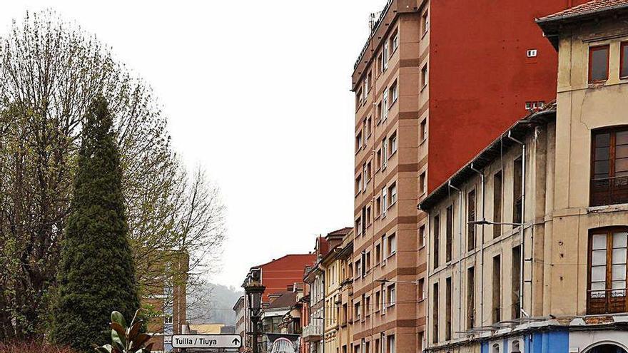Langreo destina 150.000 euros a la reparación de calles y accesos en la zona rural