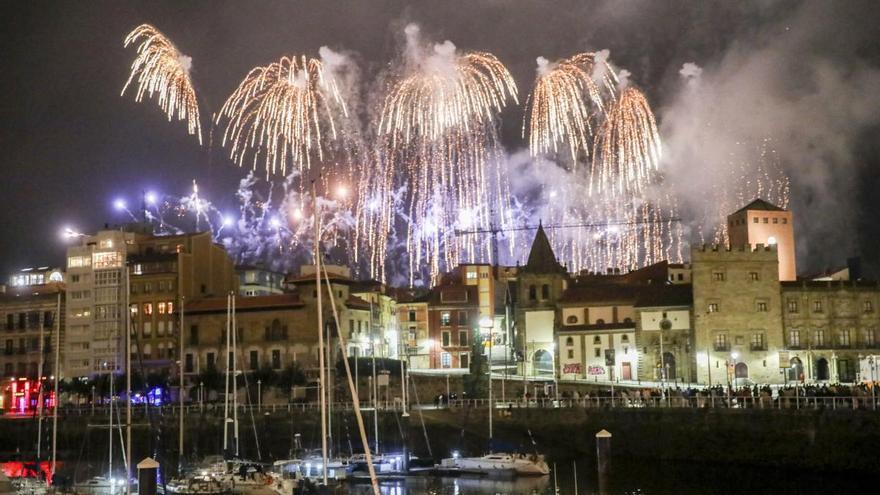 El Ayuntamiento de Gijón plantea utilizar drones en la Noche de los Fuegos