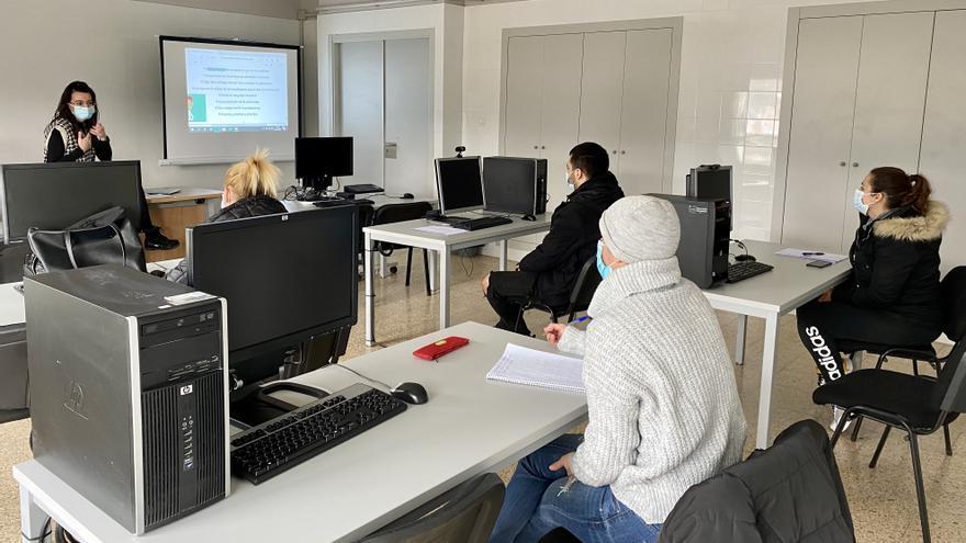 El Ayuntamiento de Onda ofrece formación para poder trabajar en el sector logístico