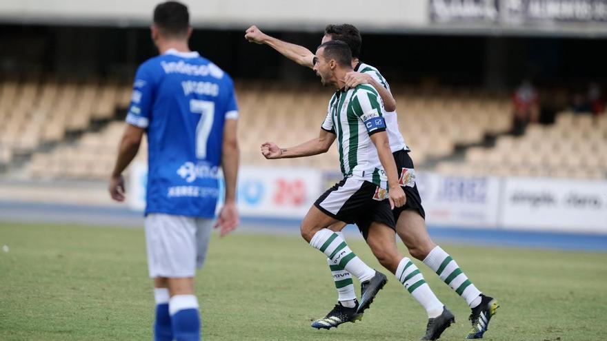 El Córdoba CF debuta con goleada en Chapín (1-5)