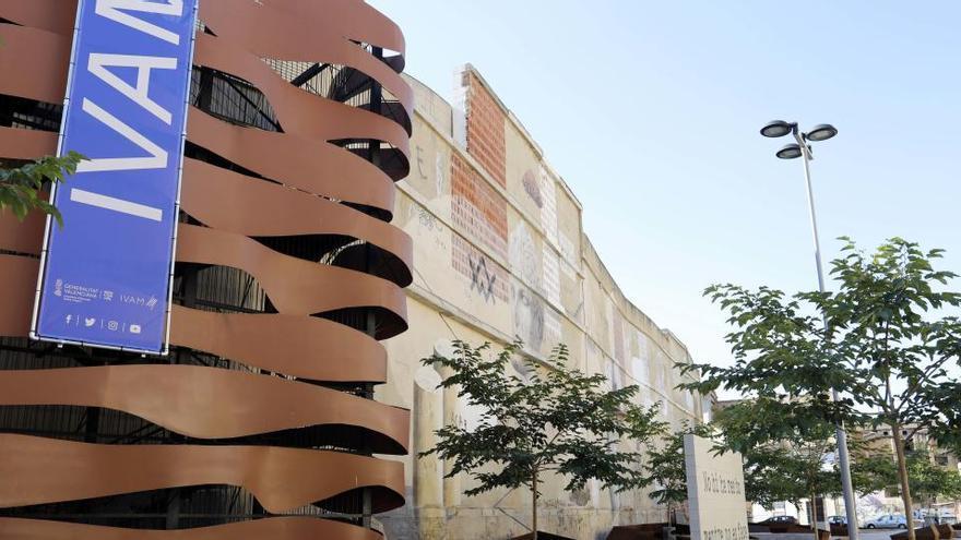 Cortés presiona a expertos que elegirán a su substituto para que dejen el jurado