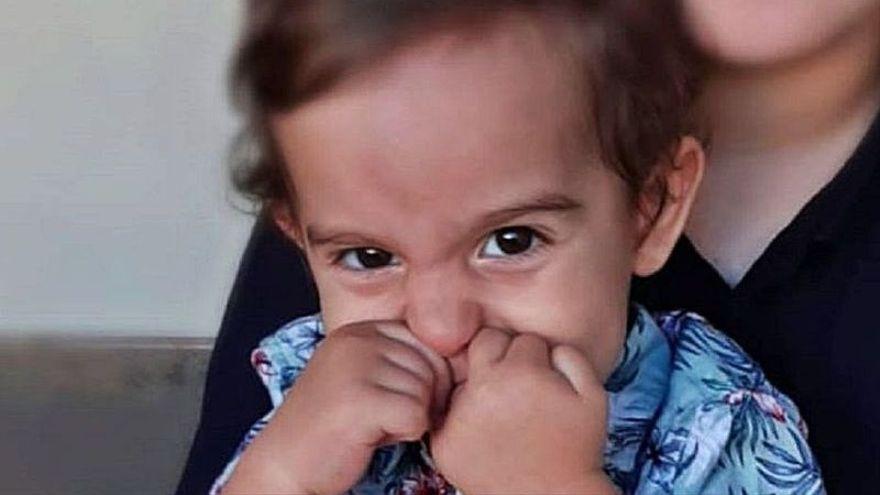 Adán, el pequeño que lucha contra una enfermedad rara