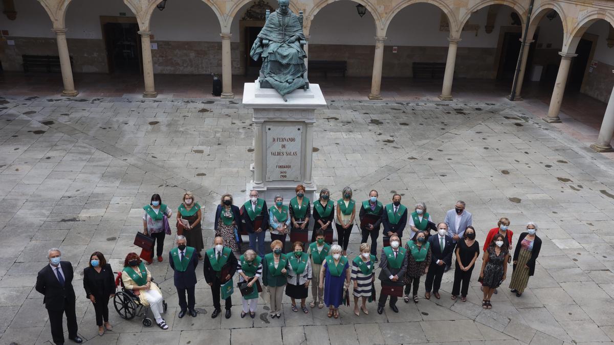 Alumnos graduados del PUMUO