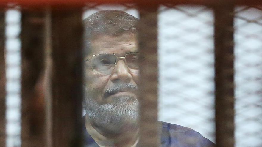 Un tribunal revoca la cadena perpetua impuesta a Mursi