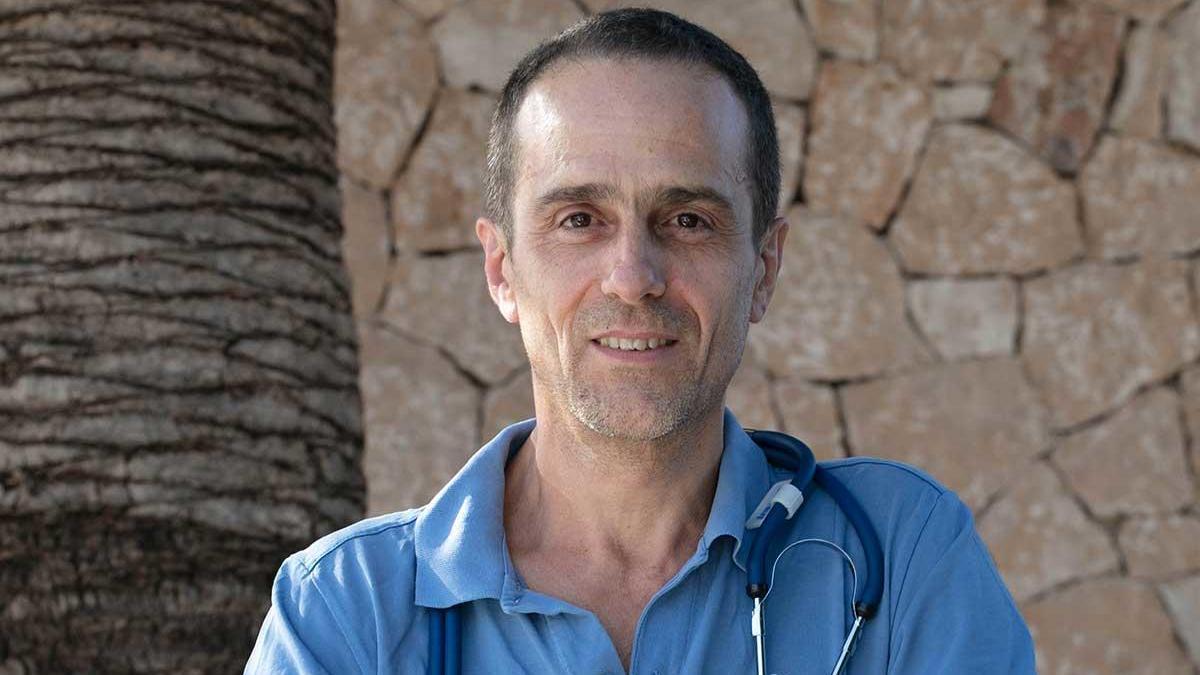 Ángel Ruiz-Valdepeñas, médico suspendido por sus tesis sobre el coronavirus.