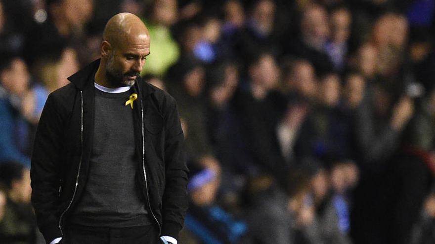 La Federació anglesa sanciona Pep Guardiola per portar el llaç groc