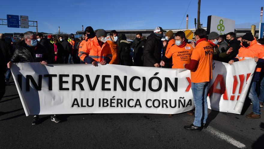 Concentración de trabajadores de Alú Ibérica