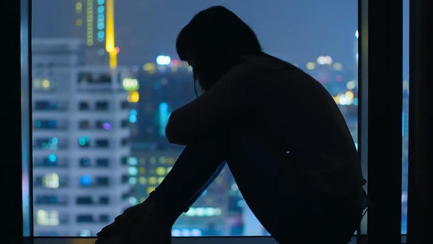 ¿Es delito difundir imágenes de un intento de suicidio?