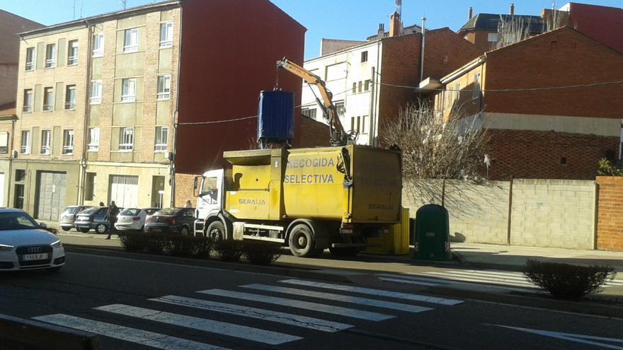 En 2020 se han recogido en Benavente 276.365 kilos en los 106 contenedores de vidrio