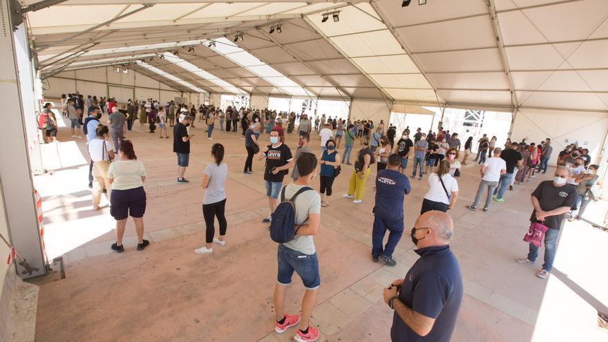 Los jóvenes a partir de los 16 años ya pueden pedir cita para vacunarse en Ibiza y Formentera