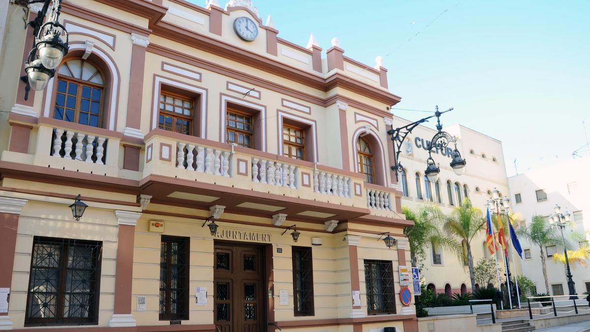 Ayuntamiento de La Pobla de Vallbona.
