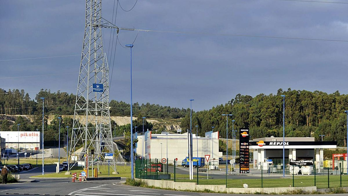 Vista del centro logístico de transportes de Ledoño. |   // JUAN VARELA