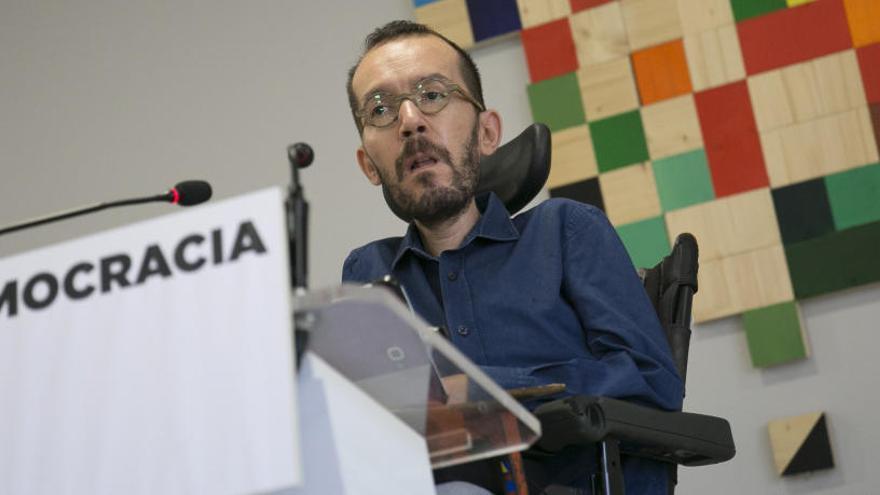 Podem acusa Rajoy d'incendiar Espanya i Catalunya al suspendre democràcia
