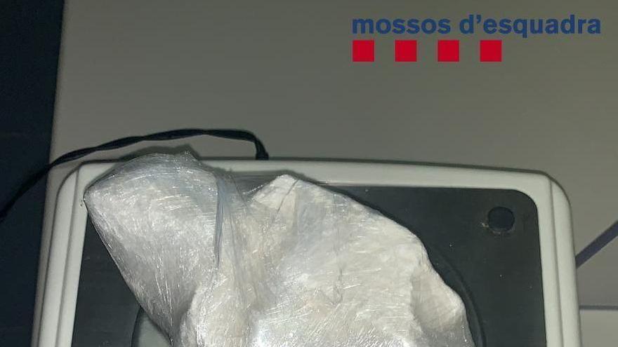 Arrestats a Mont-ras per dur cocaïna oculta als testicles i intentar atropellar els Mossos