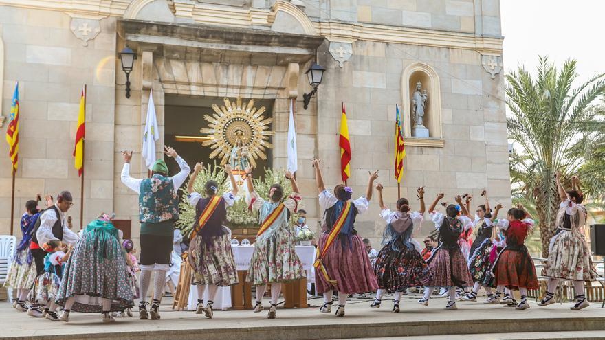 Ganas de tradición del Pilar en la Vega