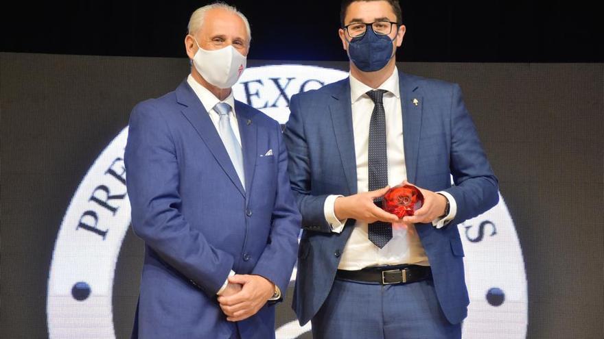 Caravaca recibe en Fitur el Premio Excelencia, dentro de la categoría España', junto a otros 12 países