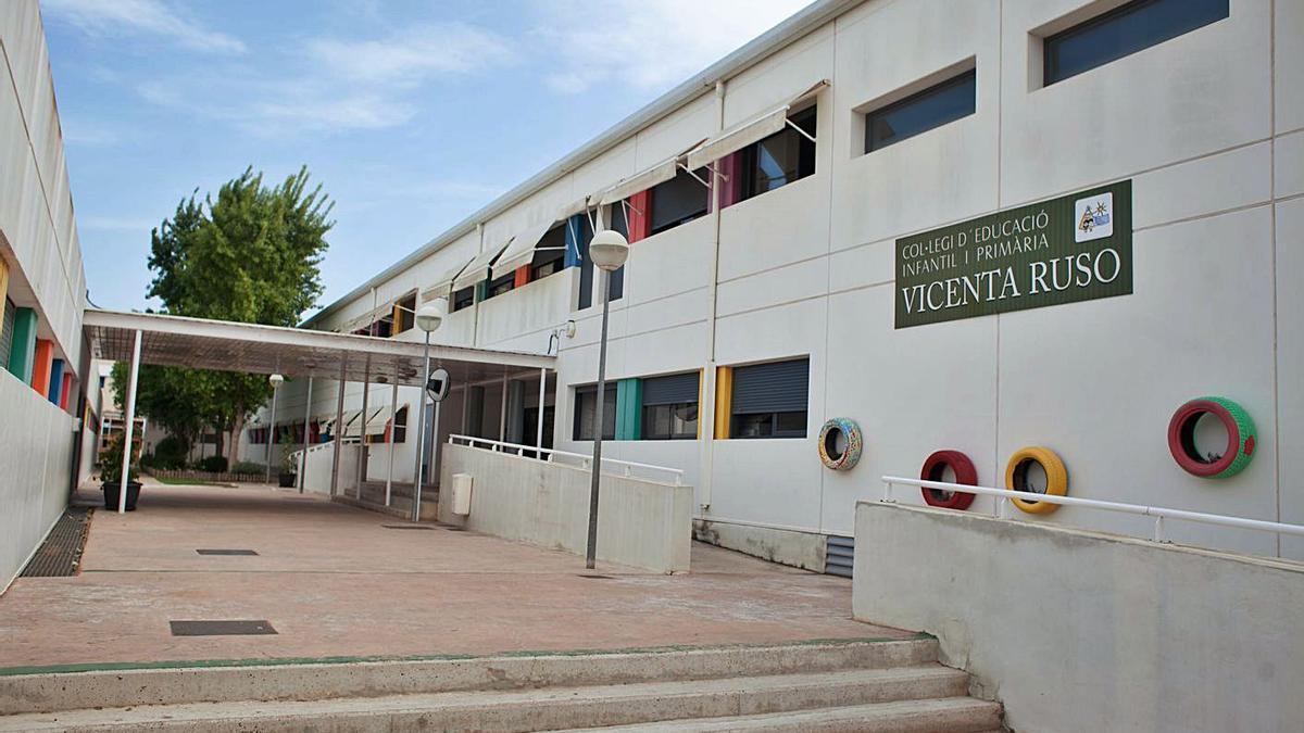 Colegio Vicenta Ruso de Gran Alacant, donde los padres urgen purificadores.