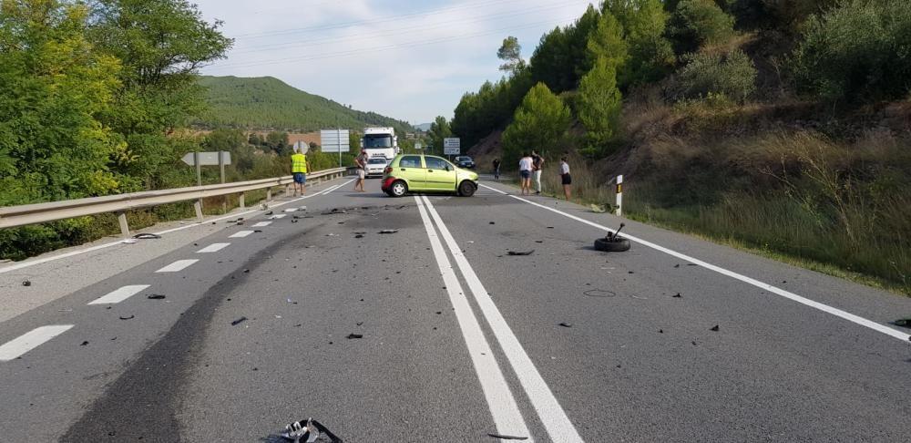 Accident amb tres vehicles implicats a la C-55, a Súria