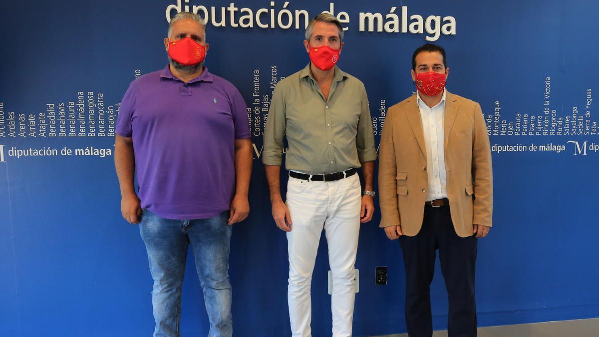 Firma del convenio entre la Diputación de Málaga y la Real Federación Andaluza de Fútbol