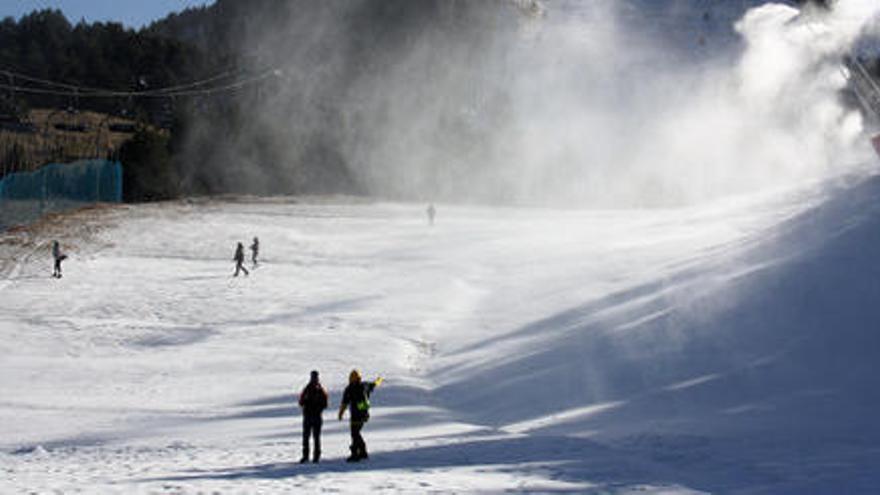 Les estacions d'esquí acorden amb el Govern obrir dilluns 14 de desembre