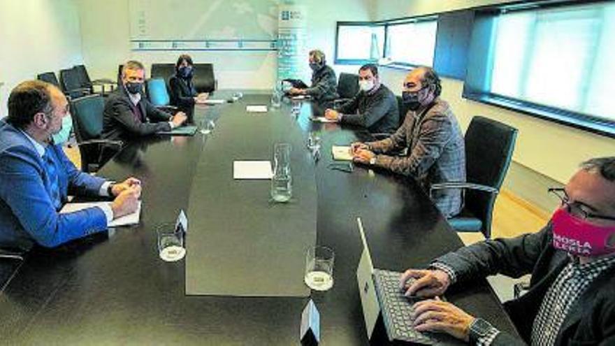El Clúster del Turismo cita a Xunta, concellos y diputaciones para que coordinen sus ayudas