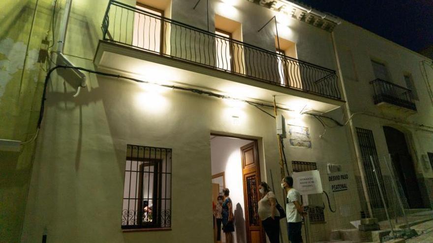 La Casa de la Paraula de la Font d'en Carròs va tomando forma