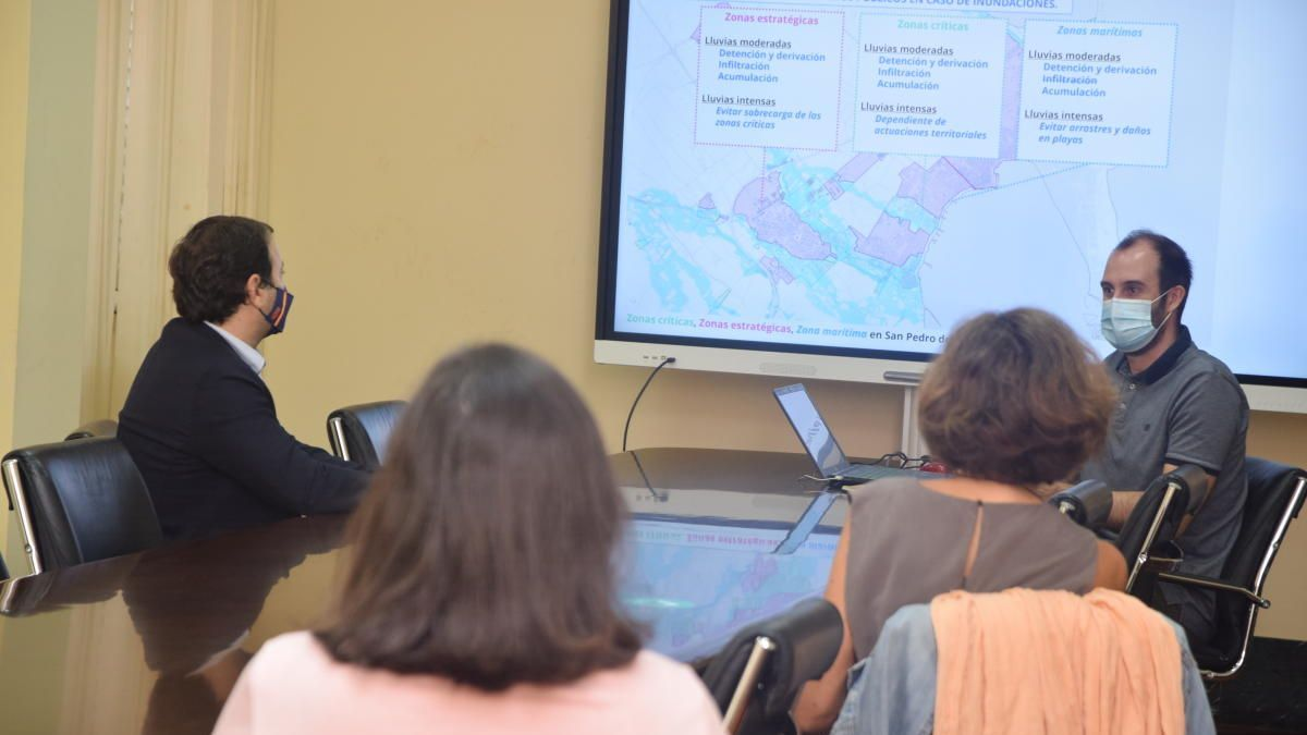Analizan soluciones para reducir el impacto de las inundaciones en los entornos urbanos del Mar Menor