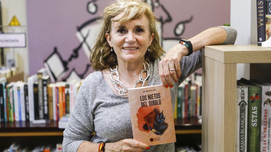 """Ana García de Loza presenta su novela """"Los nietos del diablo"""""""
