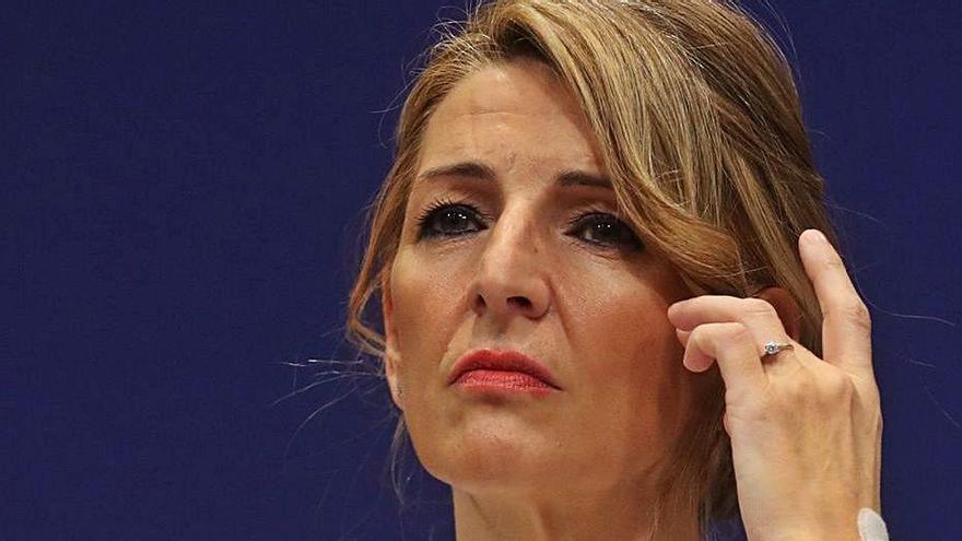 El acuerdo sobre los ERTE bloquea los despidos en 11.800 empresas canarias