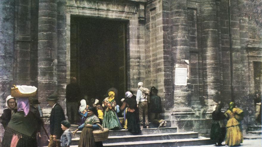 Fotografías de Oviedo de la muestra sobre Edmundo Lacazette y Manuel Gimeno