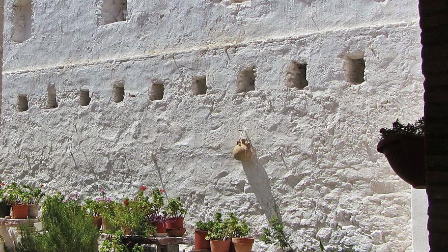 Identifican en una casa del Puig un muro defensivo de las guerras carlistas