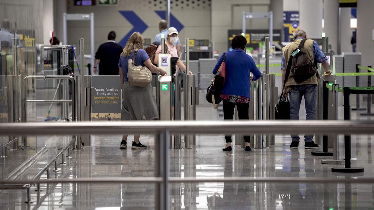 Aeropuerto de Palma con poca trasiego de pasajeros este fin de semana