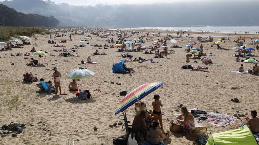 Aforo y ocupación de las playas en Asturias: consulta todos los datos de la aplicación del Principado