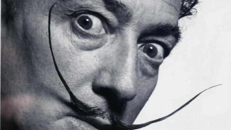 ¿Quién es Pilar Abel, la mujer que dice ser hija de Dalí?