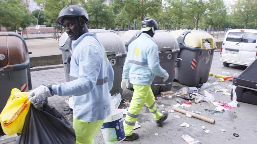 El govern de Girona ha de retirar la pròrroga del servei de neteja en un ple esperpèntic