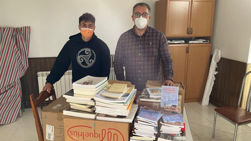 """300 libros para la asociación cultural """"El Caño Viejo"""" de Prado"""