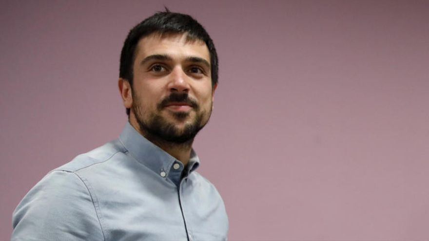 Espinar apunta al relevo de Iglesias y Montero de la dirección de Podemos