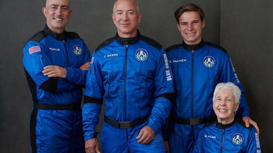 Jeff Bezos pone hoy rumbo al espacio