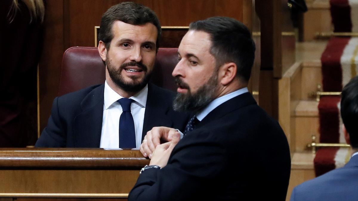 Casado y Abascal, líderes de PP y Vox, en el Congreso en una imagen de 2019.