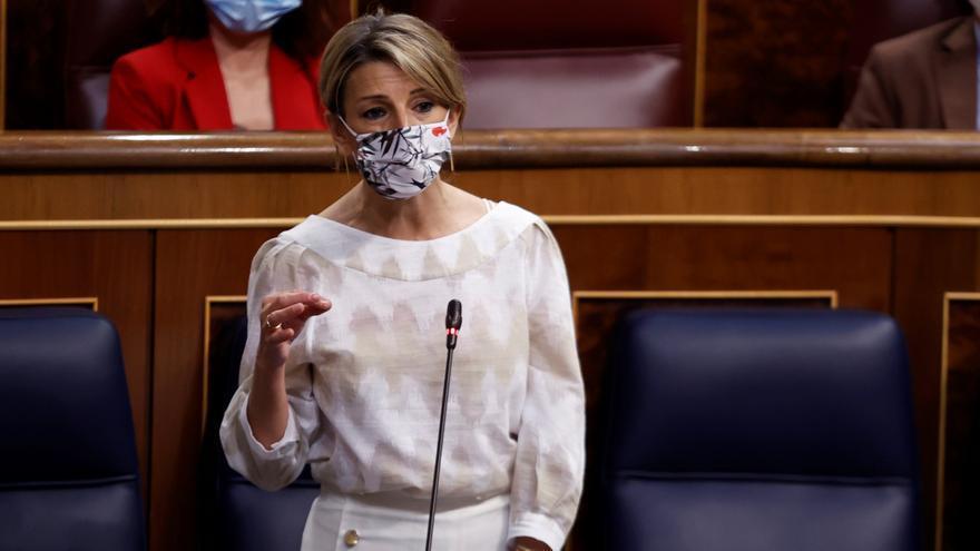 """Yolanda Díaz al PP: """"No dejen caer España para después recuperarla ustedes"""""""