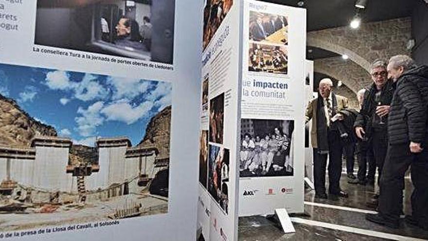 L'exposició que celebra els 40 anys de Regió7 tanca l'estada a Manresa amb 900 visitants