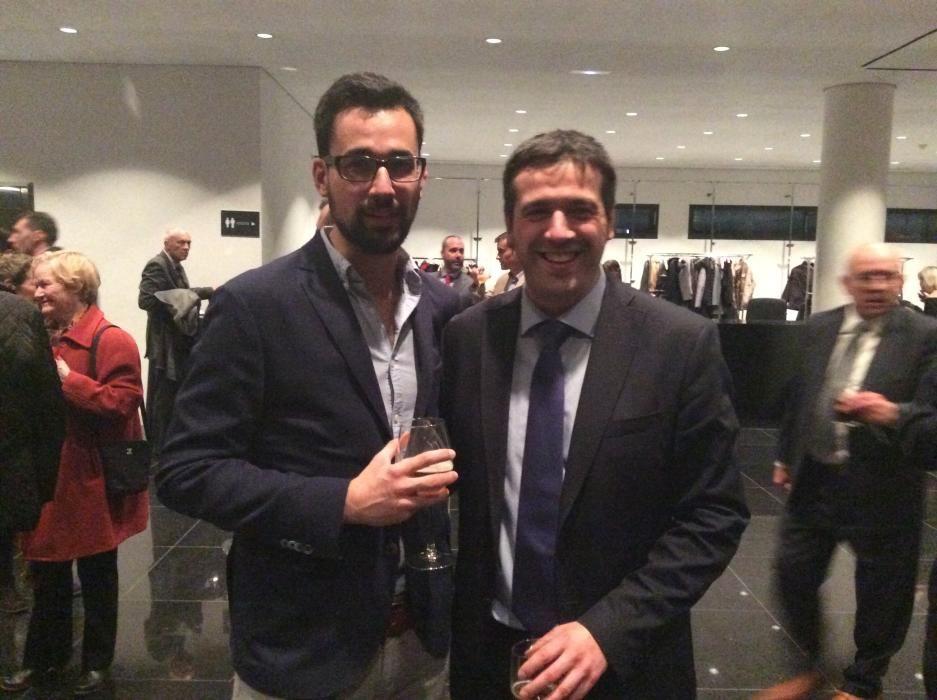 Andrés Valdés, redactor de INFORMACIÓN y Juan Valdés, delegado de comunicación del Banco Sabadell