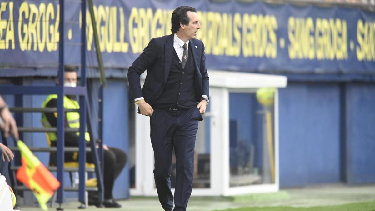 Unai Emery en la zona técnica durante el encuentro entre el Villarreal y el Celta de Vigo.