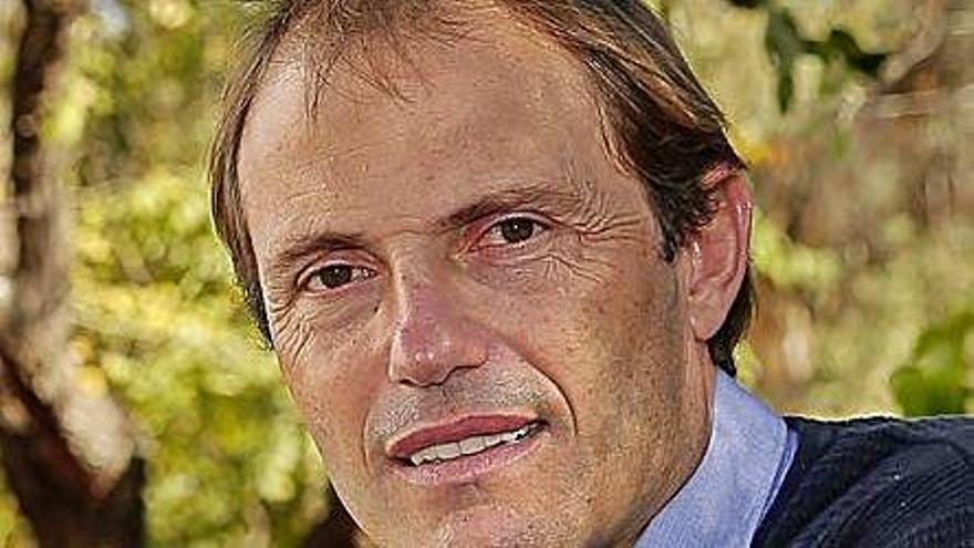 El Deportivo se une al pesar por la muerte de Arnau a los 46 años
