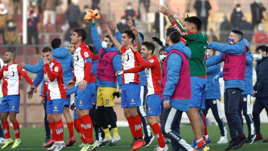 El Navalcarnero hace historia en Copa ante el Eibar