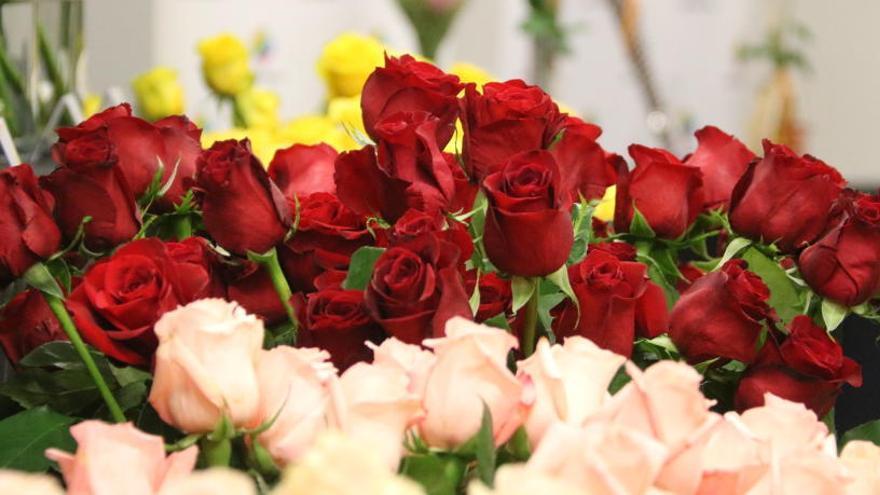 Roses amb complements naturals, principal tendència aquest Sant Jordi