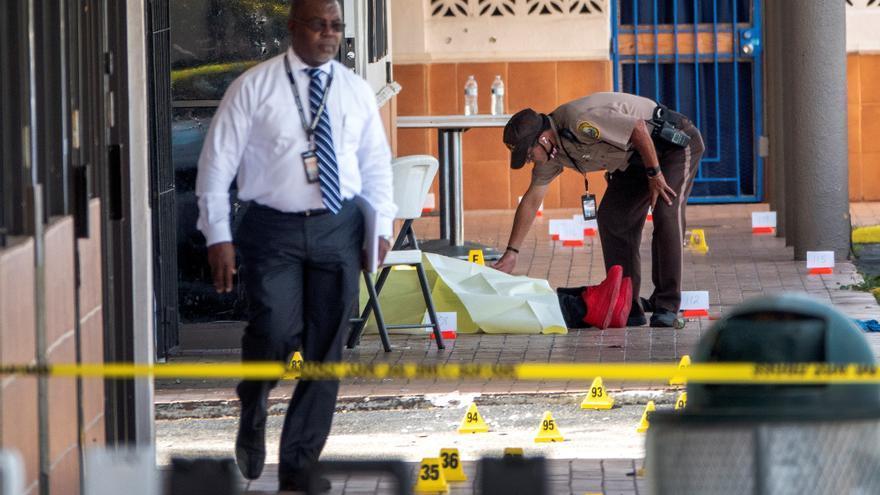 Al menos dos muertos y 25 heridos en un tiroteo en un concierto en Miami