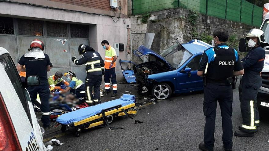 Un joven, herido muy grave en un accidente en Mieres