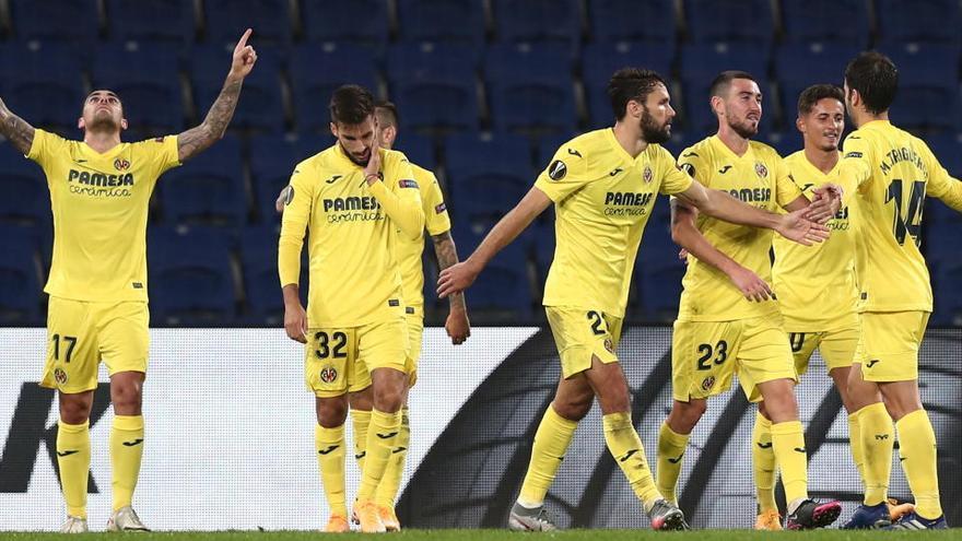 El Villarreal remonta al Qarabag con un gran Alcácer