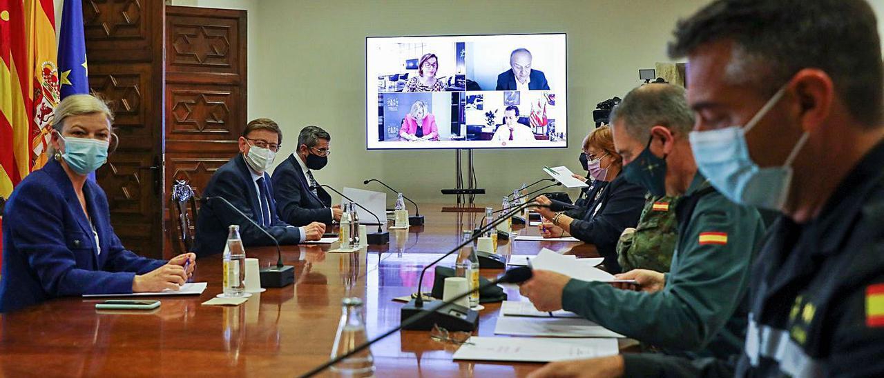 Reunión de coordinación con las fuerzas de seguridad.